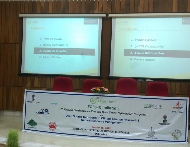 gvSIG prsented by KAIINOS at FOSS4G India 2015